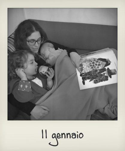 Mamma prova ad addormentare i bambini