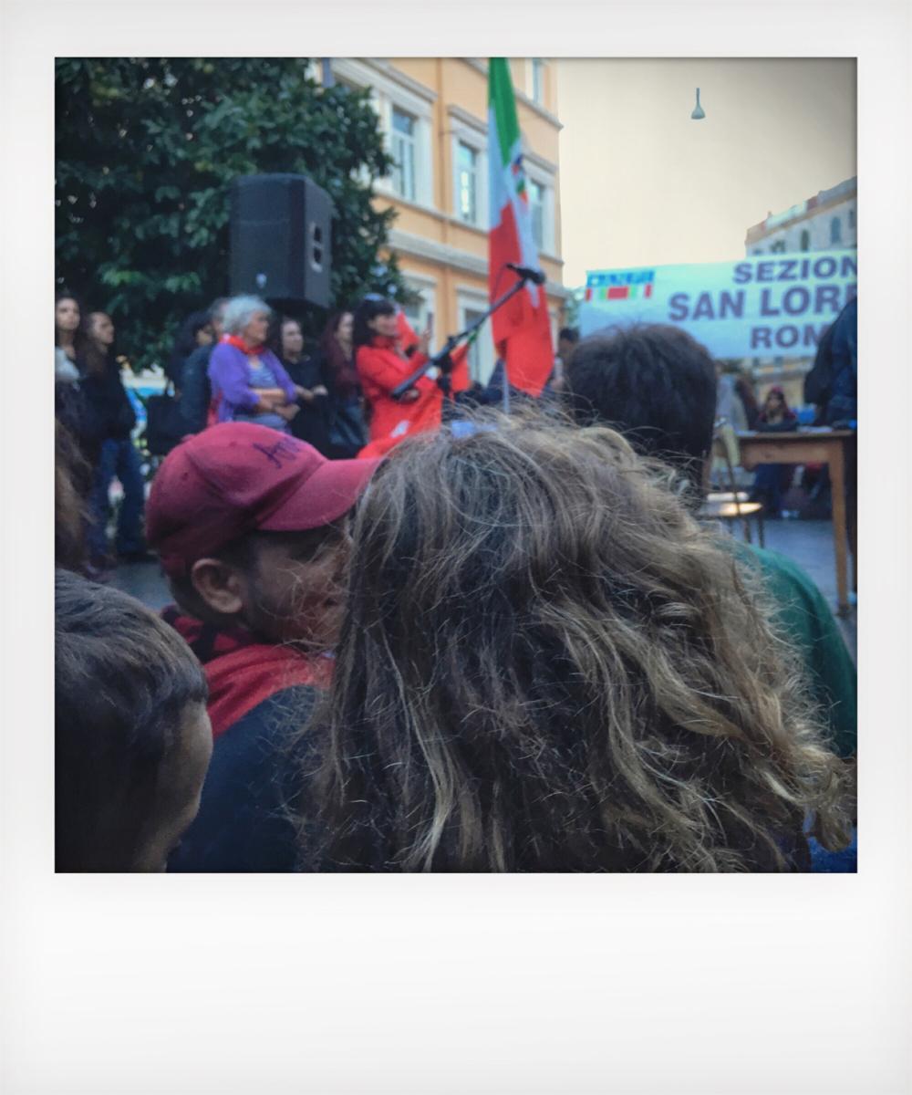 Bambini alla manifestazione antirazzista