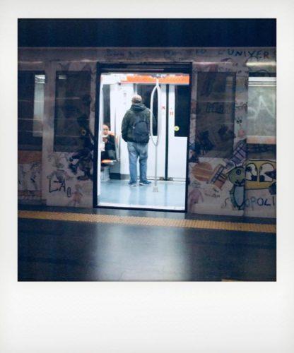 Sulla metro di Roma con il biglietto elettronico Atac