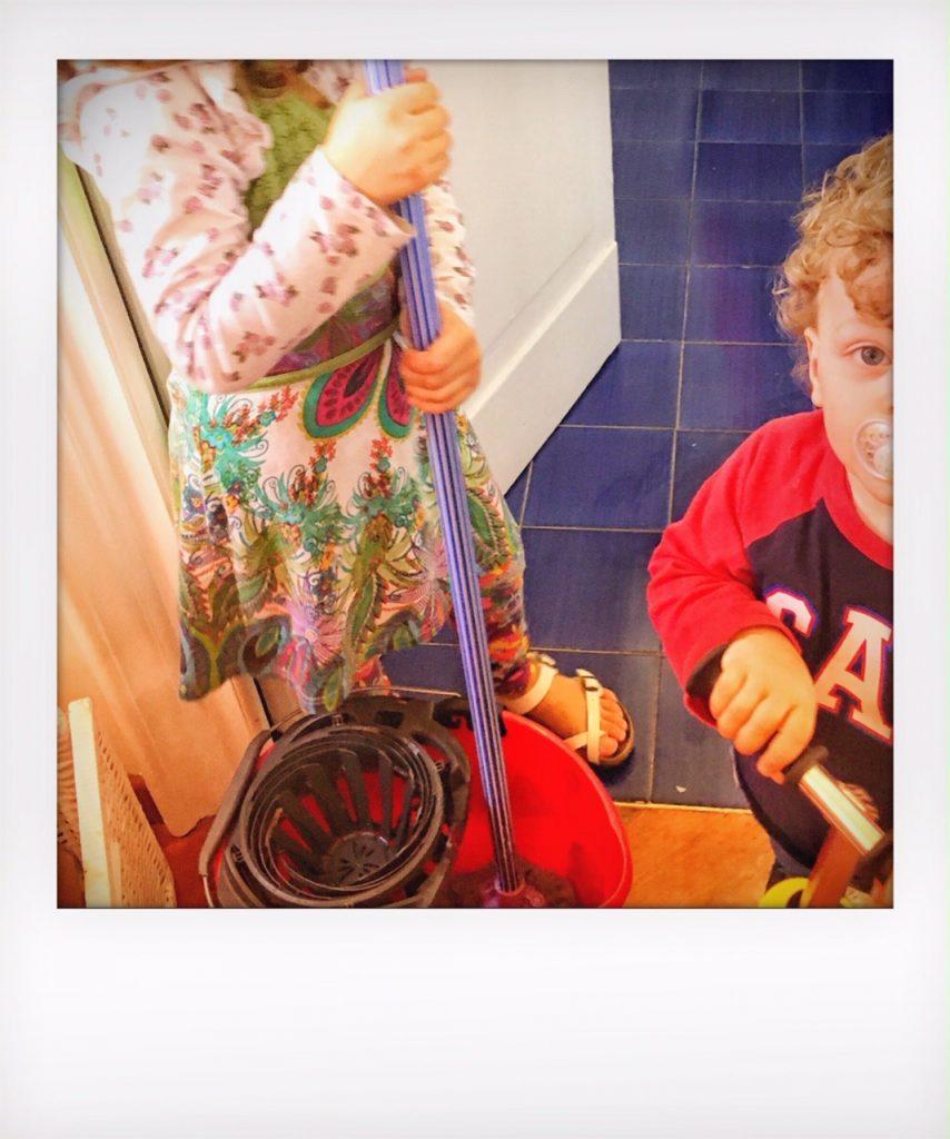 Lavori domestici ed elettrodomestici durante l'epidemia di Coronavirus